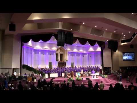 """FGHT Dallas: Tony Wade singing """"My Worship Is For Real"""""""