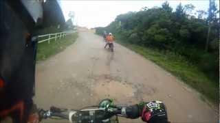 Pega de Tornado e lander na estrada de terra (marcelo motos scs) 15/11/2012