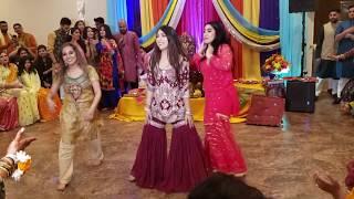 Energetic Bhangra / Giddha Sangeet Dance Performance (Balle Balle, Puhlkari, \u0026 Nakhreya Mari)!!!