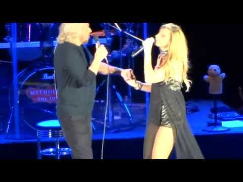Barry Gibb and Beth Cohen - Guilty on Mythology Tour 2014