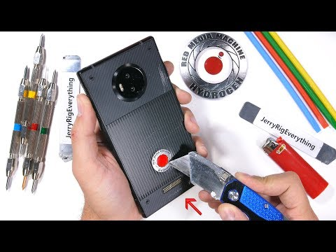 RED Hydrogen One Durability Test - Scratching a Holographic Display?