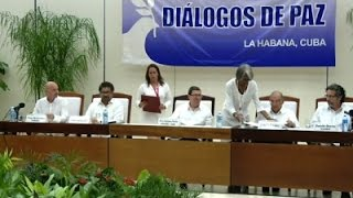 Colombias Govt. and Rebels Sign Peace Accord
