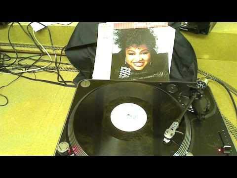 Gwen Guthrie - Aint Nothing Going On But The Rent (12inch) (Vinyl)