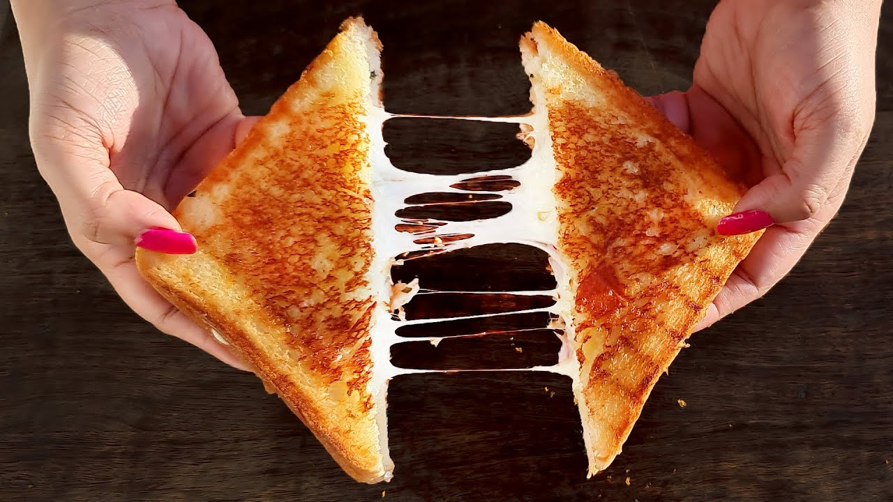 Chilli Cheese Sandwich Recipe   Grilled Cheese Sandwich   Indian street style Cheese Sandwich