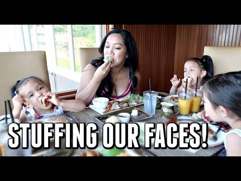 STUFFING OUR FACES AT ONE OF THE BEST RESORTS IN THE WORLD! -  ItsJudysLife Vlogs