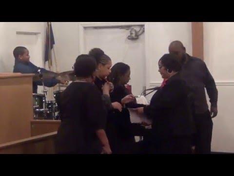 Kenton Tillerson & L.V. Gospel Choir Prelude to Contee 132nd Anniversary Gospel Night. 02-26-16.