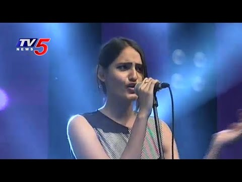 Acumen IT Festival 2017 in Vasavi College of Engineering | Ibrahimpur | TV5 News