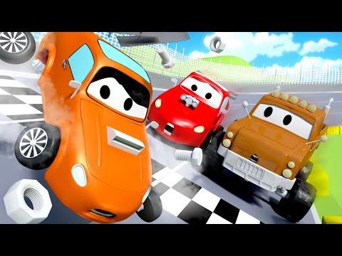 Nehoda na závodní dráze - Odtahové auto Tom ve Městě Aut 🚗 Animáky o autech