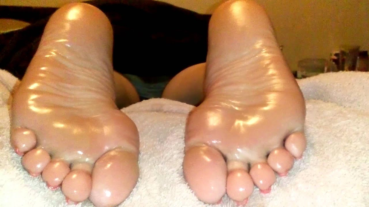 Sexy Oiled Wrinkled Soles - Youtube
