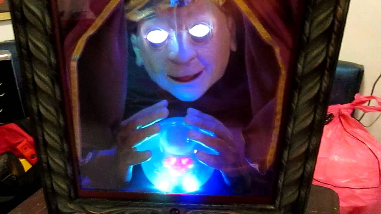Halloween Fortune Teller Animatronic.Gemmy Animatronic Zultan Talking Fortune Teller