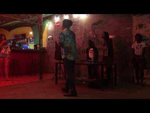 Reggae Hostel Kingston, Jamaica 2017 - 1 RAW minute