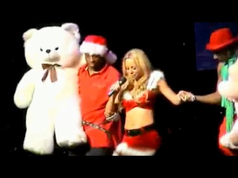 """Mariah Carey - All I Want For Christmas Is You """"Full Video"""" (Live Charmbracelet Tour)"""