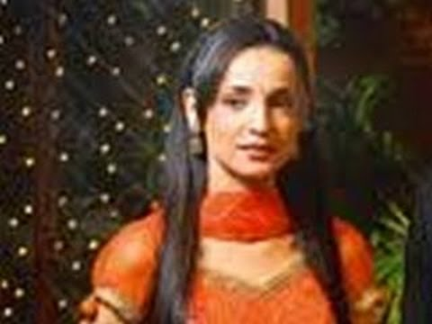 Khushi Gets SLAPPED in Iss Pyaar Ko Kya Naam Doon 20th February 2012 Episode thumbnail