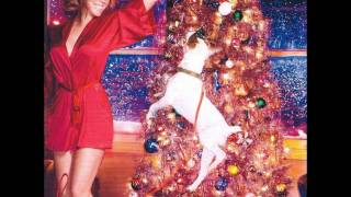 All I Want For Christmas Is You *New Studio Version* EXTRA FESTIVE 2010 - Mariah Carey w/ Lyrics