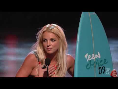 Download Miley Cyrus and Britney Spears - Ultimate Choice Award on TCA 2009