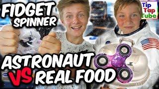 REAL FOOD vs. ASTRONAUT FOOD | Mit Special Fidget Spinner | TipTapTube