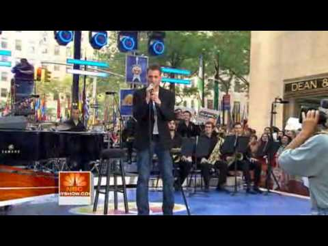 2009-09-05 - Today Show - Michael Buble sings Everything