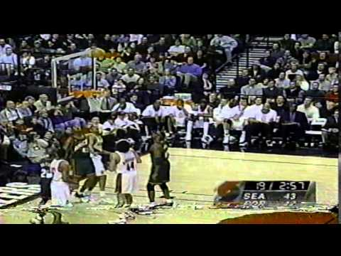 NBA Action Top 10 Assists (1999-2000 Season)