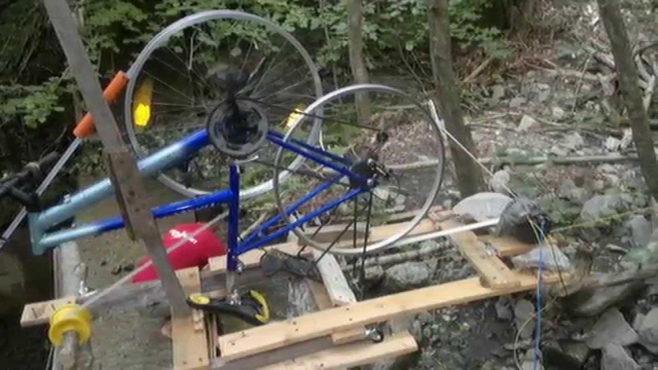 Mulino ad acqua fai da te 2 youtube for Pressa idraulica fai da te