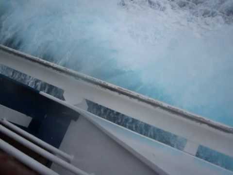 Carnival Freedom waves