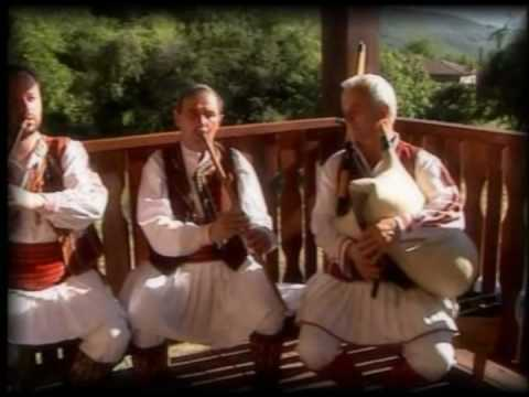 Dimchevo oro - Macedonian Folk Music