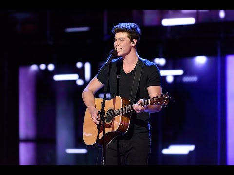 Shawn Mendes Performance - Canada's Walk of Fame 2015