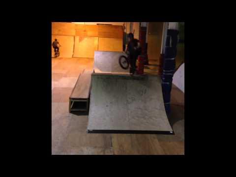 Sam McMurray | 6 clips