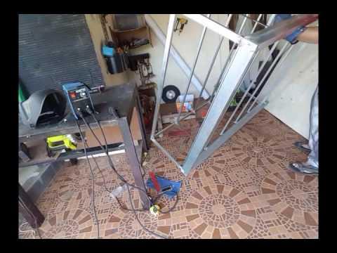 cara membuat lemari kaca rangka besi