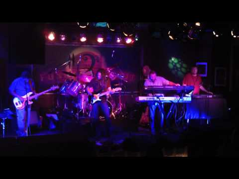 """Sigmund Floyd """"Pigs (Three Different Ones)"""" The Funky Biscuit, 4-27-2013"""