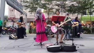 Pantun Budi-enjjoy lagu joget dari kodoxs buskers cover sm salim
