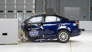 2014 Mitsubishi Lancer driver-side small overlap IIHS crash test