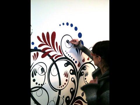 spugnato con brillantini : ... : Come decorare un muro con i brillantini utilizzando uno stencil