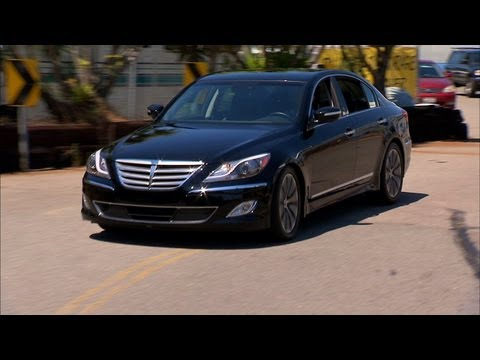 Car Tech - 2012 Hyundai Genesis 5.0 R-Spec