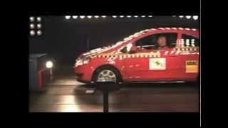 Crash test Opel Corsa 2006