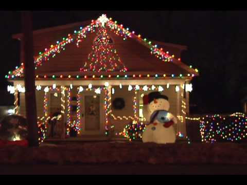 Saugus Lights - a short documentary about Christmas decorations and Elvis - Saugus Lights - A Short Documentary About Christmas Decorations And
