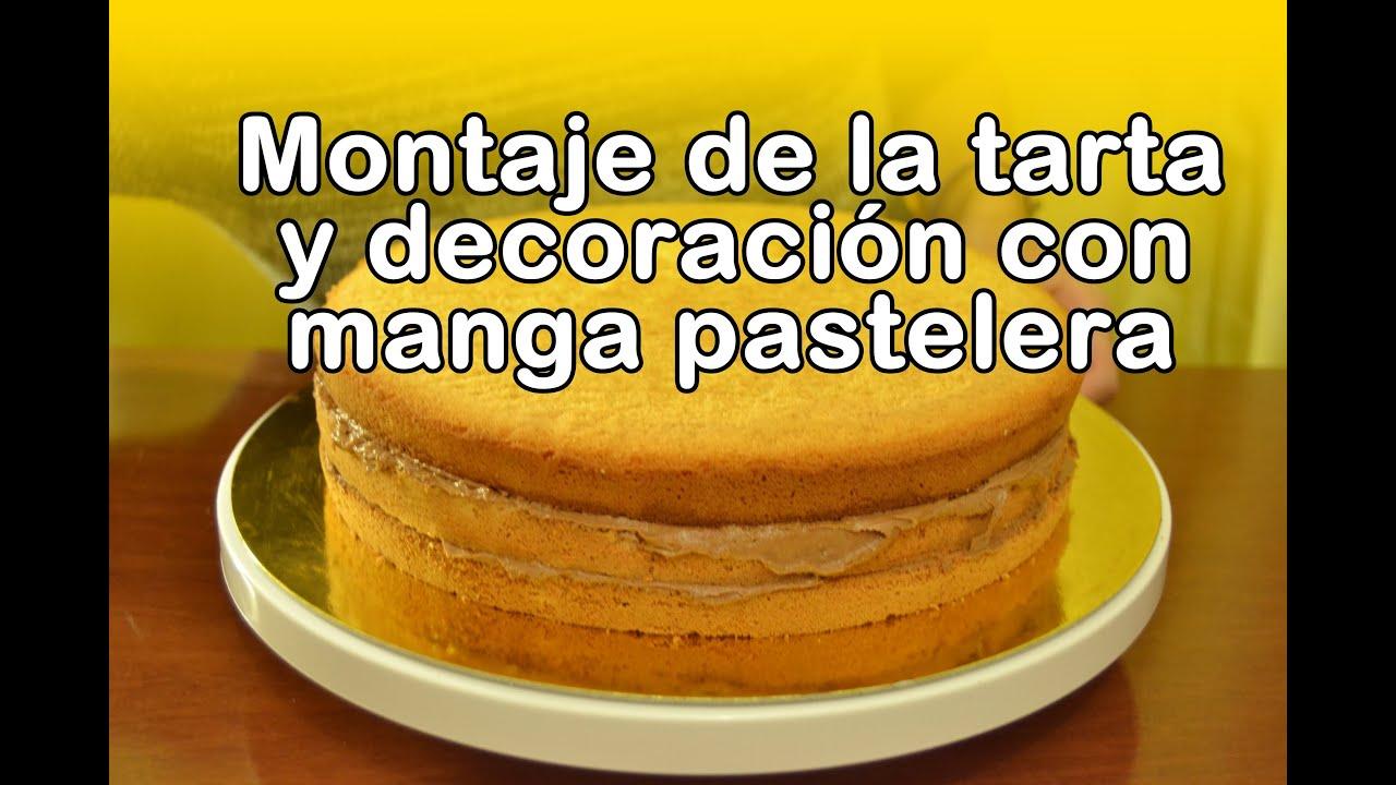 Montaje de la tarta y decoraci n con manga pastelera