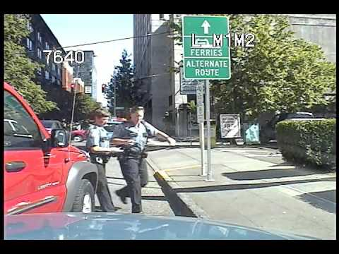 Seattle Police, help the officer call, collision at 3:54