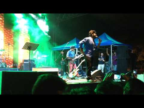 Arijit Singh Live at the #KingfisherBangaloreOctoberFest2013