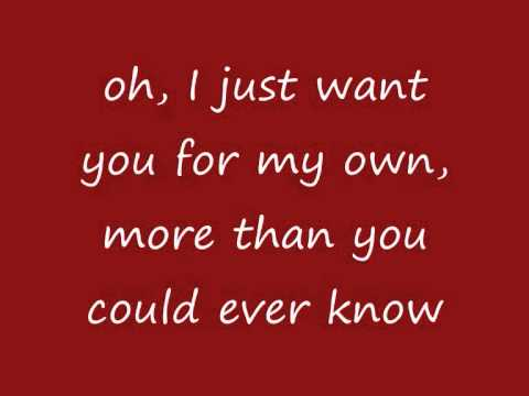 Mariah Carey - All I Want For Christmas Is You (Extra Festive) (lyrics on screen)