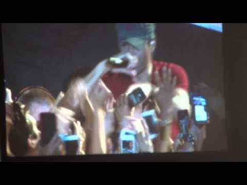 "Enrique Iglesias: ""Bailamos"" @ Valley View Casino Center in San Diego on October 15, 2014"