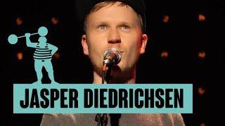 Jasper Diedrichsen – Ewiger Klassensprecher und Blick auf Hamburg aus der Ferne