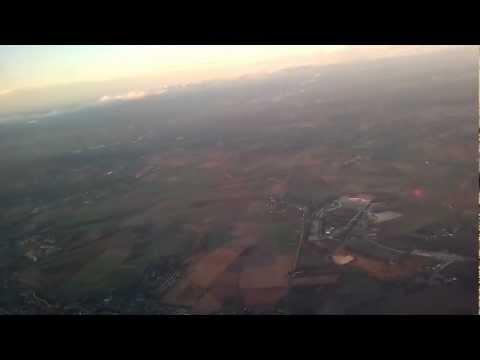 2012-11-02 Paris, Air France Airbus 379 over Paris, Charles de Gaulle CDG a reptér kiralyportal
