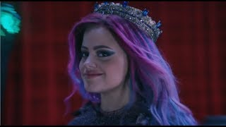Descendientes 3 - Reina del mal (Queen of mean En Español)