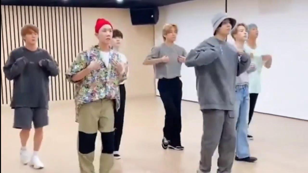 BTS 'DYNAMITE' - dance practice