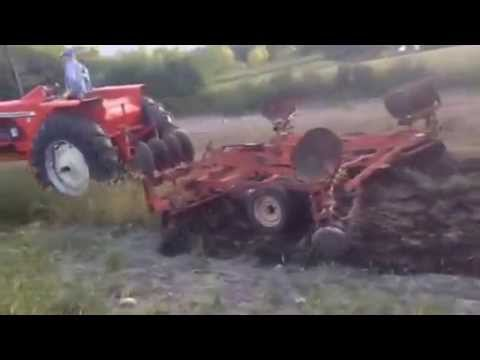 Allis Chalmers 190XT and AC 2200 Tandem Disc