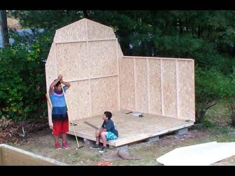 2 guys try to build a shed