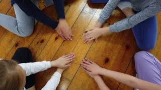 Детская игра руками для лагеря