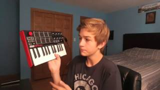 REVIEW AND TUTORIAL OF THE: AKAI MPK mini MIDI CONTROLLER