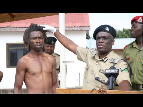 Polisi Dodoma baada ya kuwakamata matapeli
