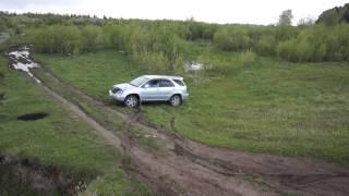 Поездка к реке рядом с поселком Самусь, забуксовали на Toyota Harrier